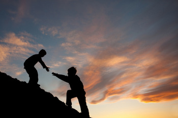 LENDING A HELPING HAND © Andrew Penner | iStockPhoto